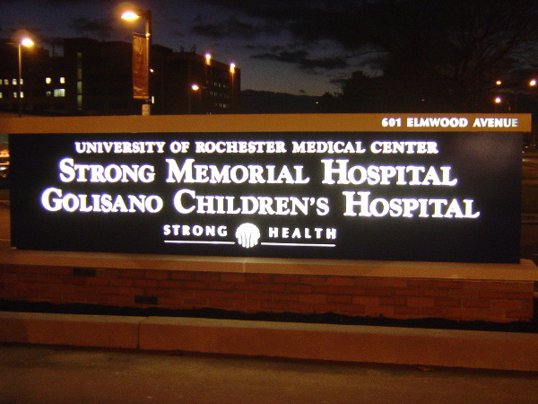 Illuminated & Lighted Signs | Pierrepont Visual Graphics